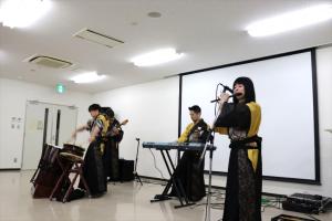 4 和洋楽器混成バンド「NEO Japanesque」の演奏.png