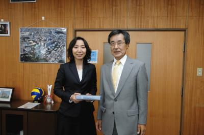 Greeting with the President, Dr. TAKAHASHI.JPG