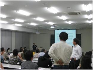 分子研 青野重利教授による講演「ヘムが関与する生体機能制御の分子機構」