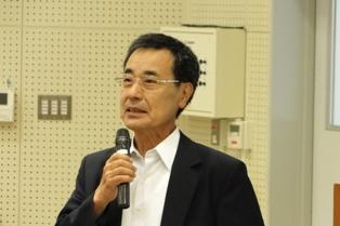 開会の挨拶をする高橋学長